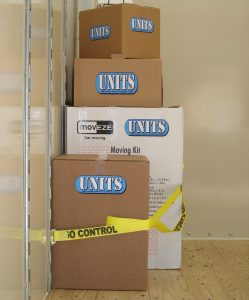 Secure your boxes in the UNIT with the strap system